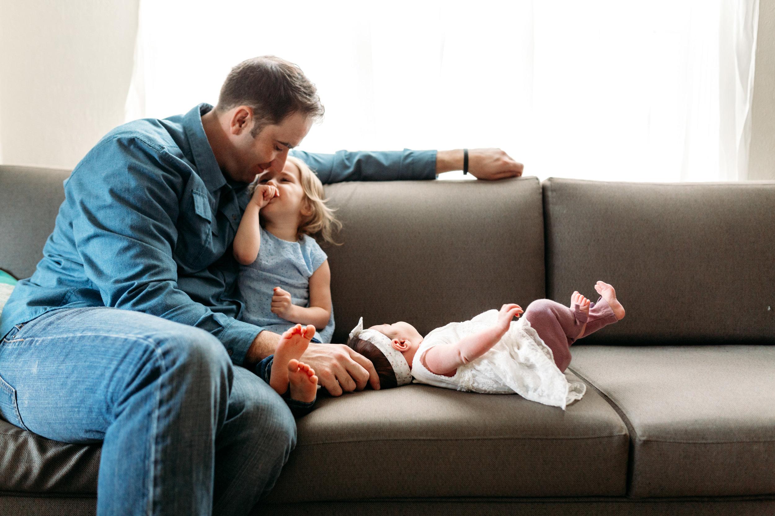 mom-kid-newborn-dad-port-coquitlam-photo