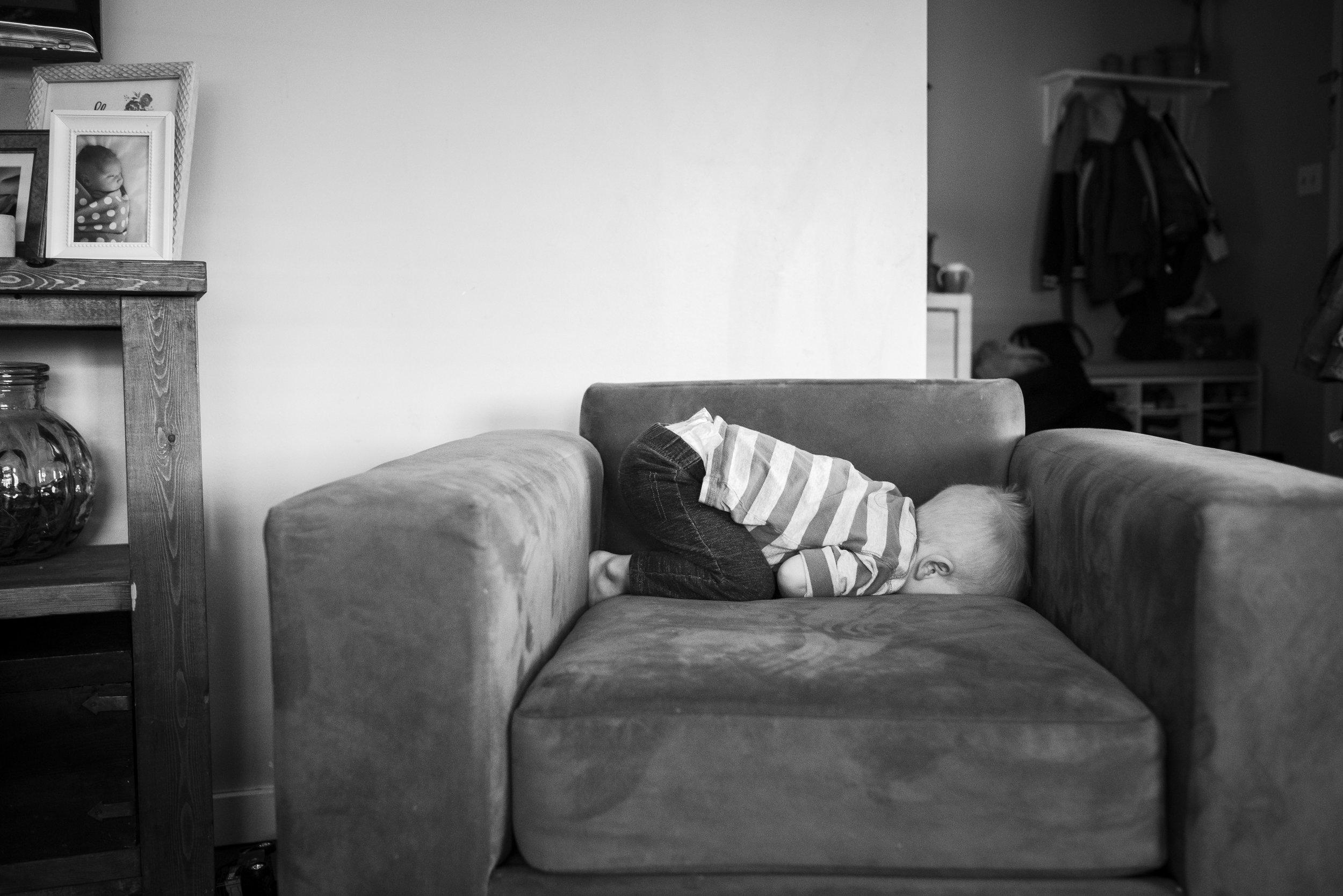 toddler-hiding-chair