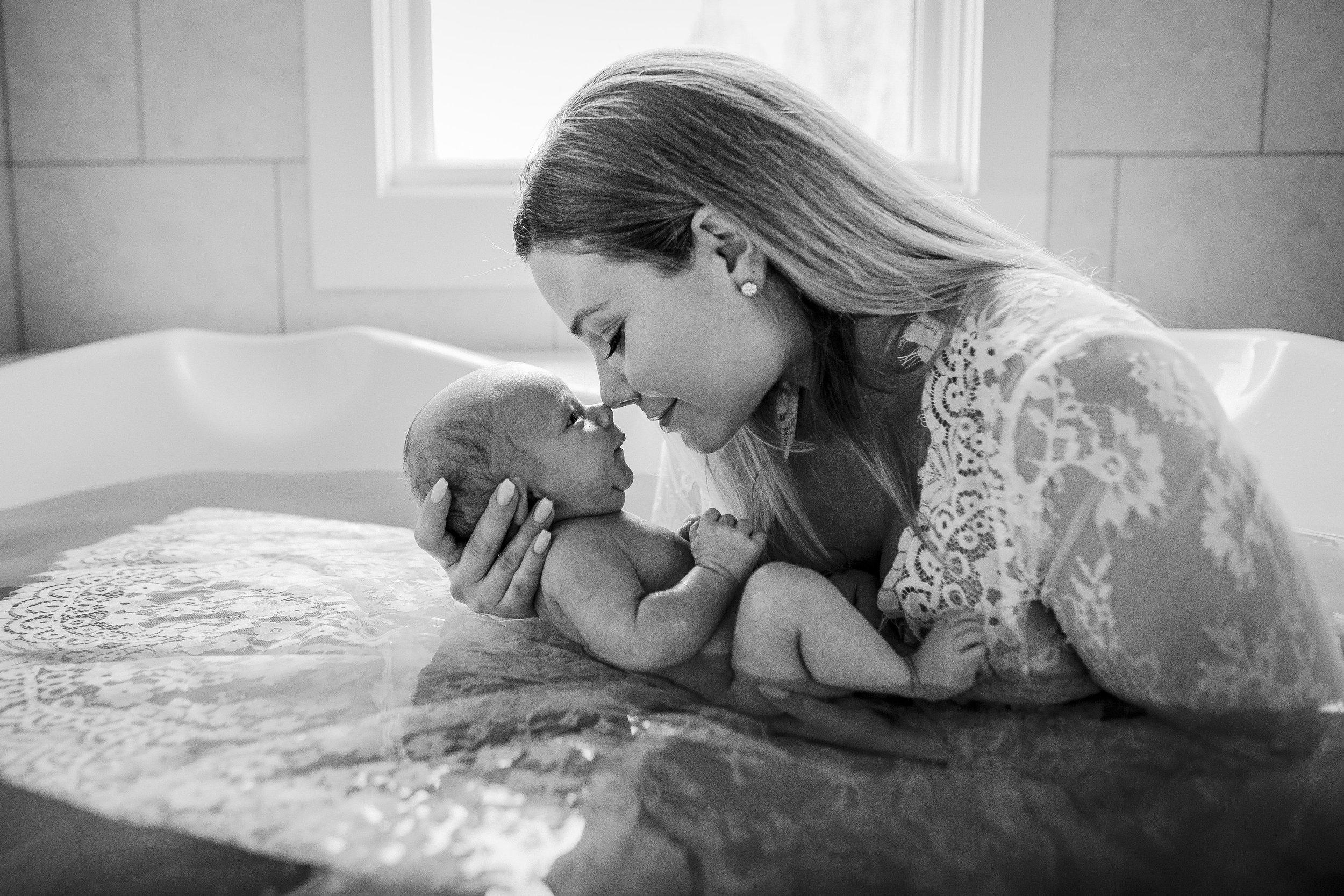 mom-baby-bath-postpartum-hebal-noses-backlit