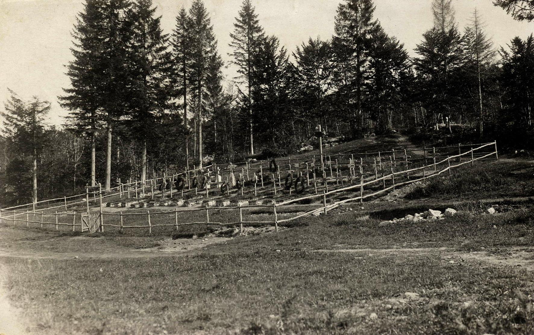 43 - cimitero dei Rainer .JPG