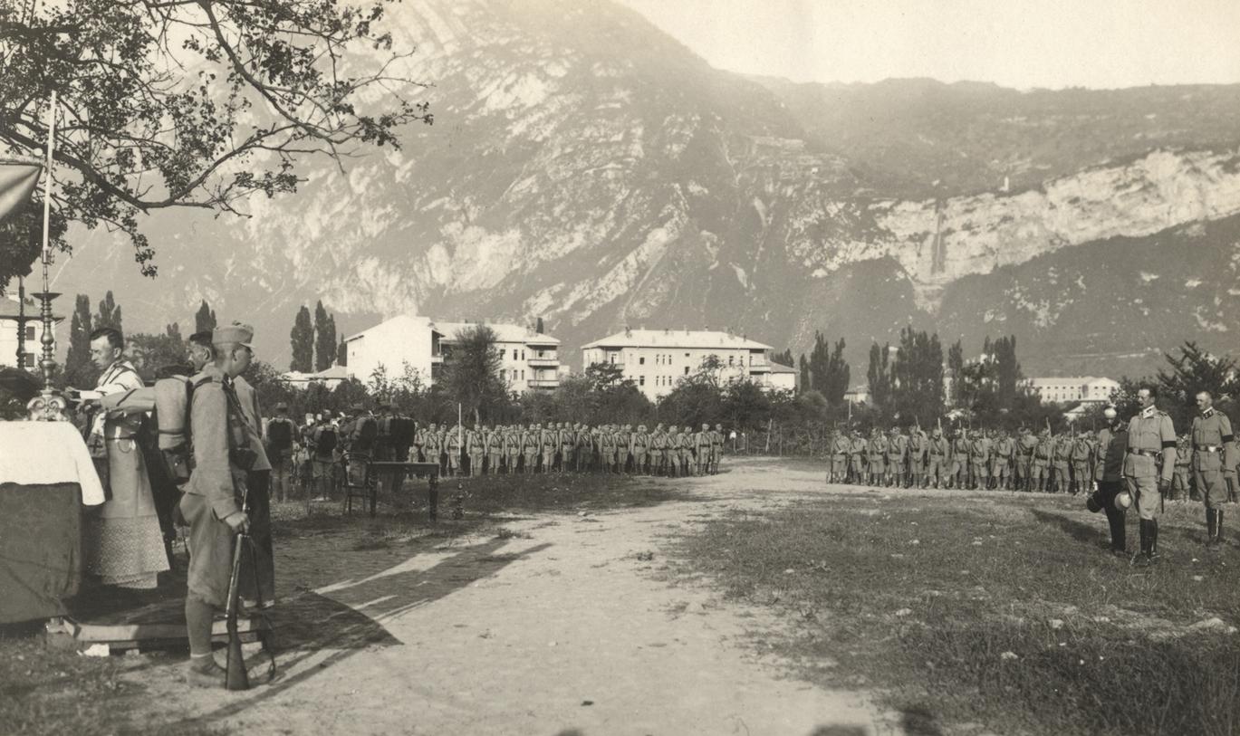 02 - Santa Messa dei Kaiserschützen a Trento.JPG