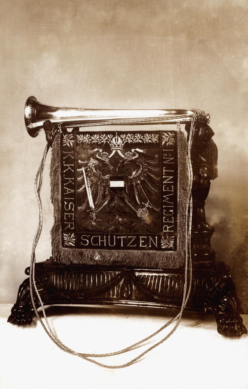 09 - Gagliardetto dei Kaiserschützen.jpg