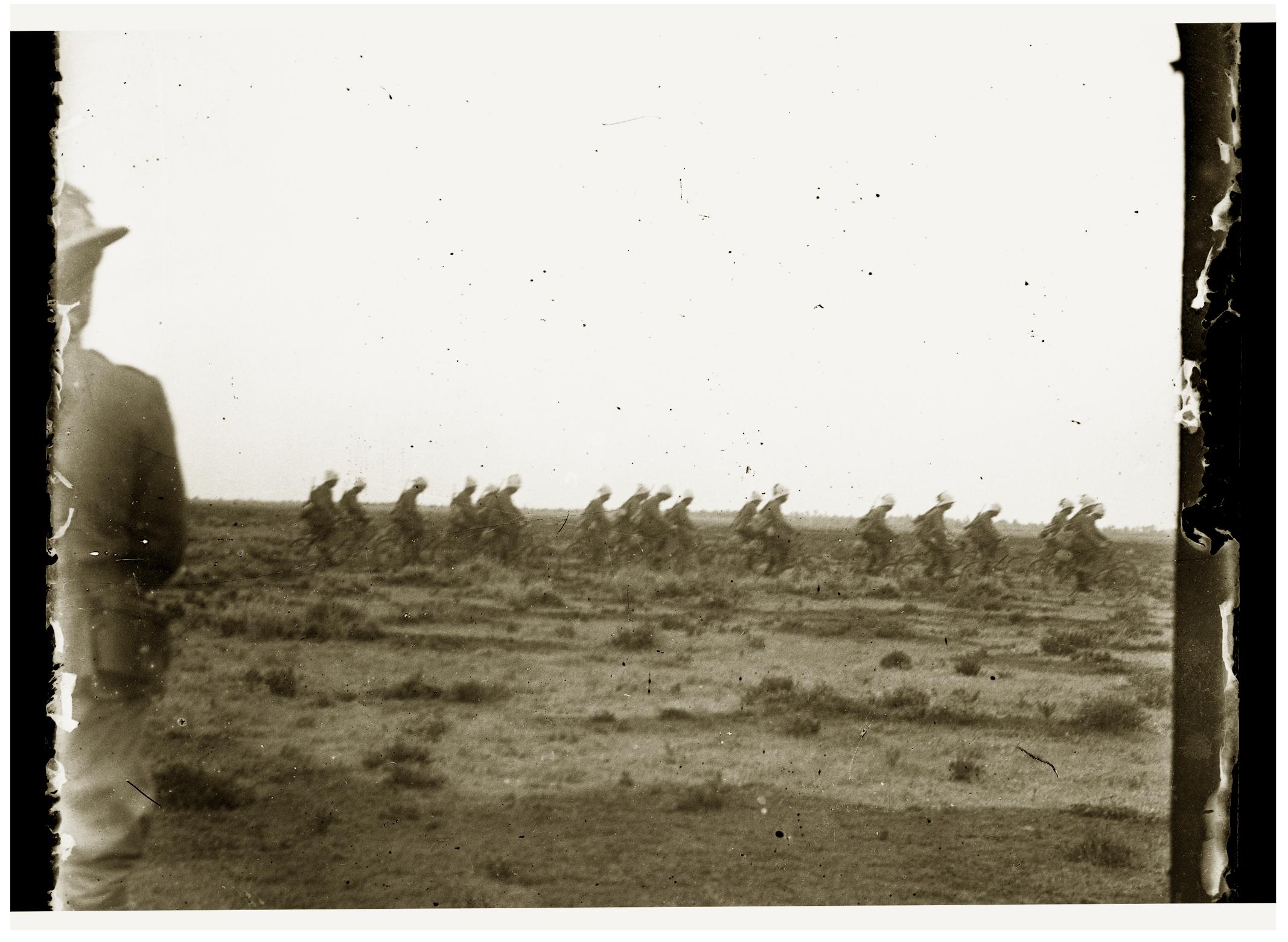 181 - Bersaglieri ciclisti in Libia.jpg