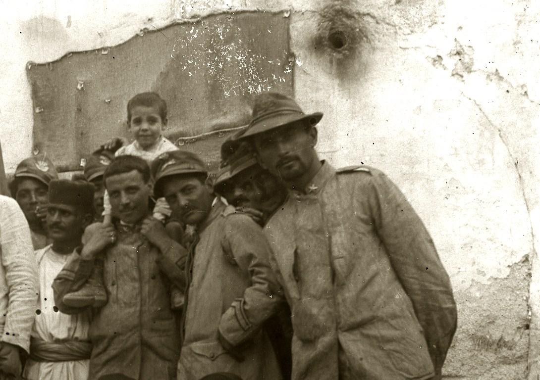 185 - Bersaglieri in Libia - Copia (3).JPG