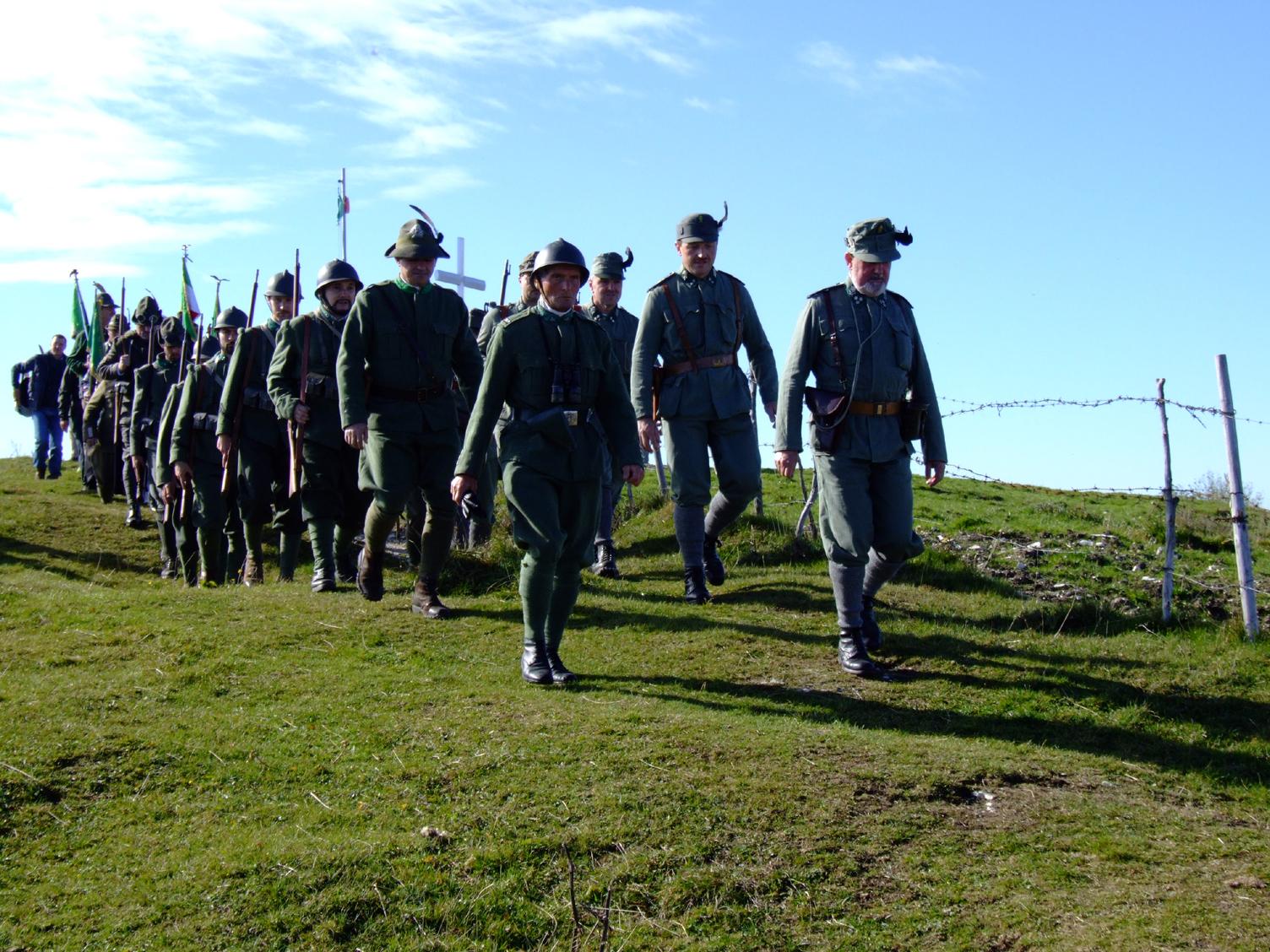 Il ricordo dei Caduti Italiani e Austriaci   MARCIANDO INSIEME