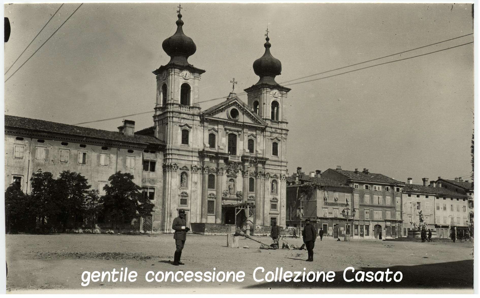 in piazza grande a Gorizia CASATO (c).jpg