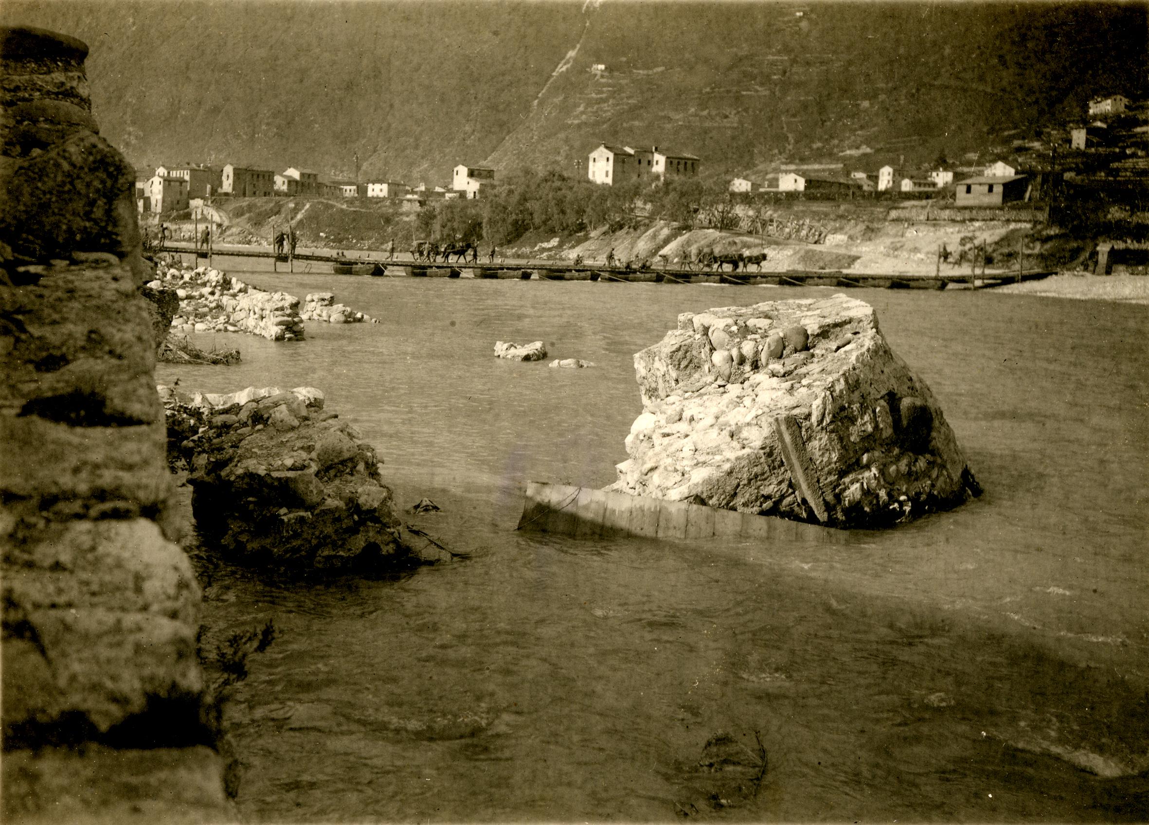 05 - passarella di barca sul Brenta a Campese - ASDM.JPG
