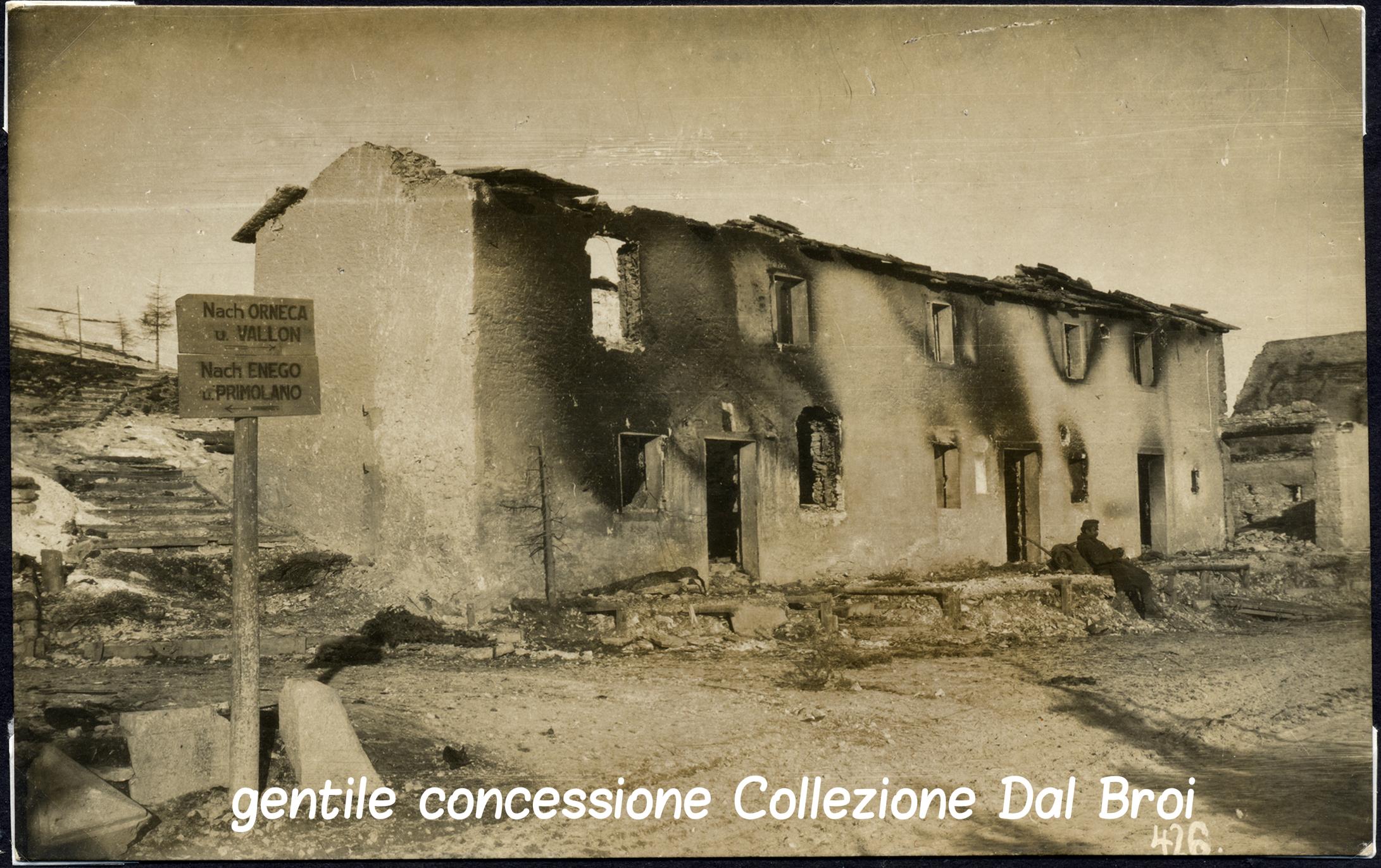 10 - case distrutte  in località Orneca - (ASDM - coll dal broi) (c).jpg