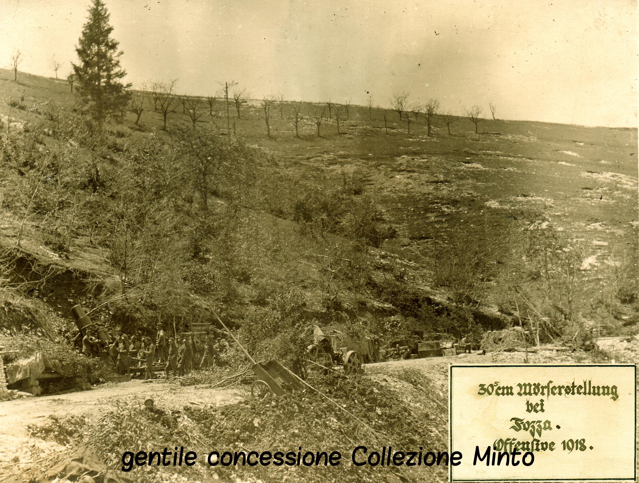 04 - un 305  austriaco nella zona di Foza - (ASDM - coll. Minto) (c).jpg