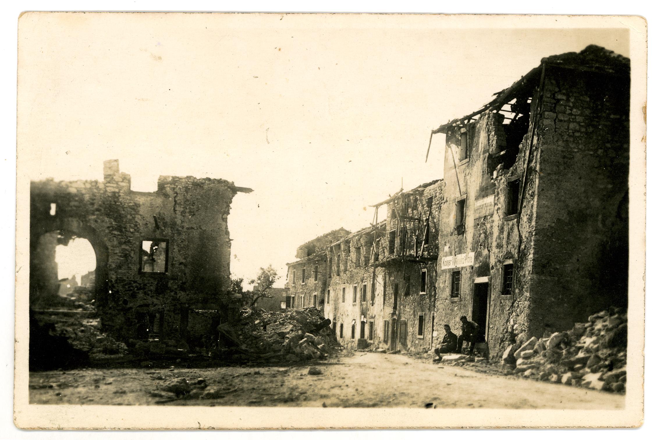 01 - rovine di Mezzaselva di Roana - ASDM.JPG