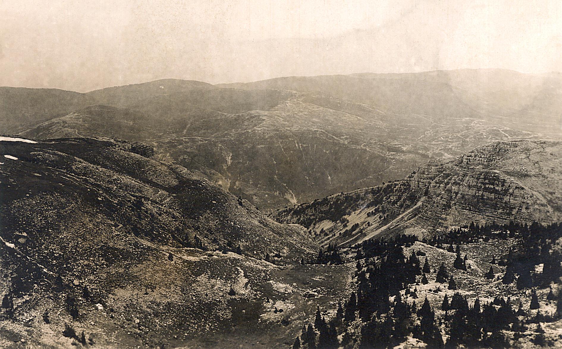 11 - Lo sbocco della Val Miela in una immagine del 1917 - ASDM.JPG