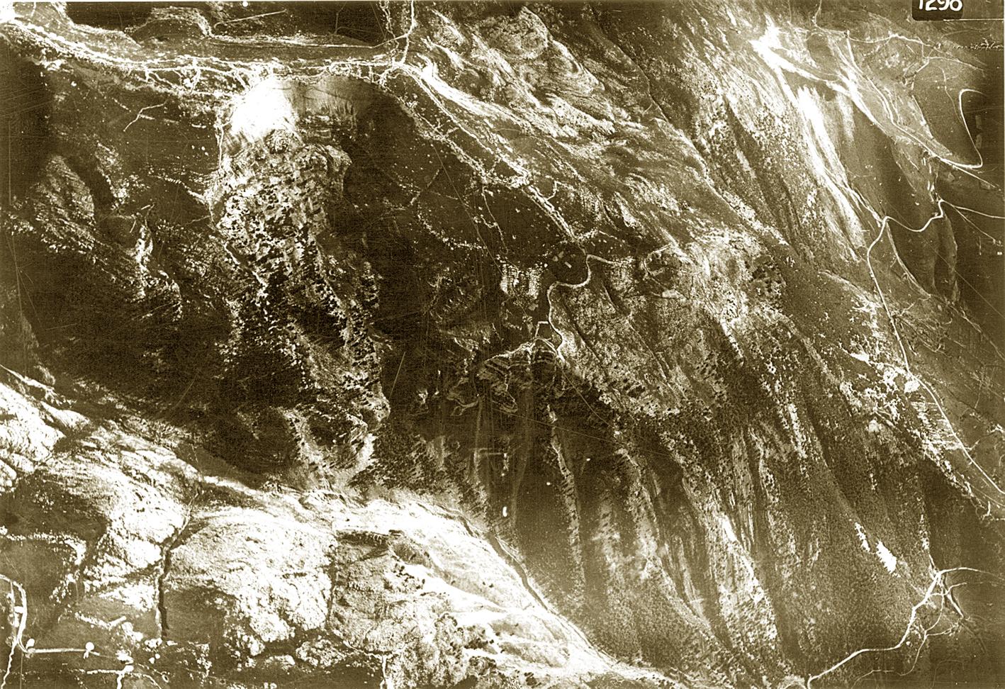12 - Ripresa aerea delle Melette nel 1917.JPG