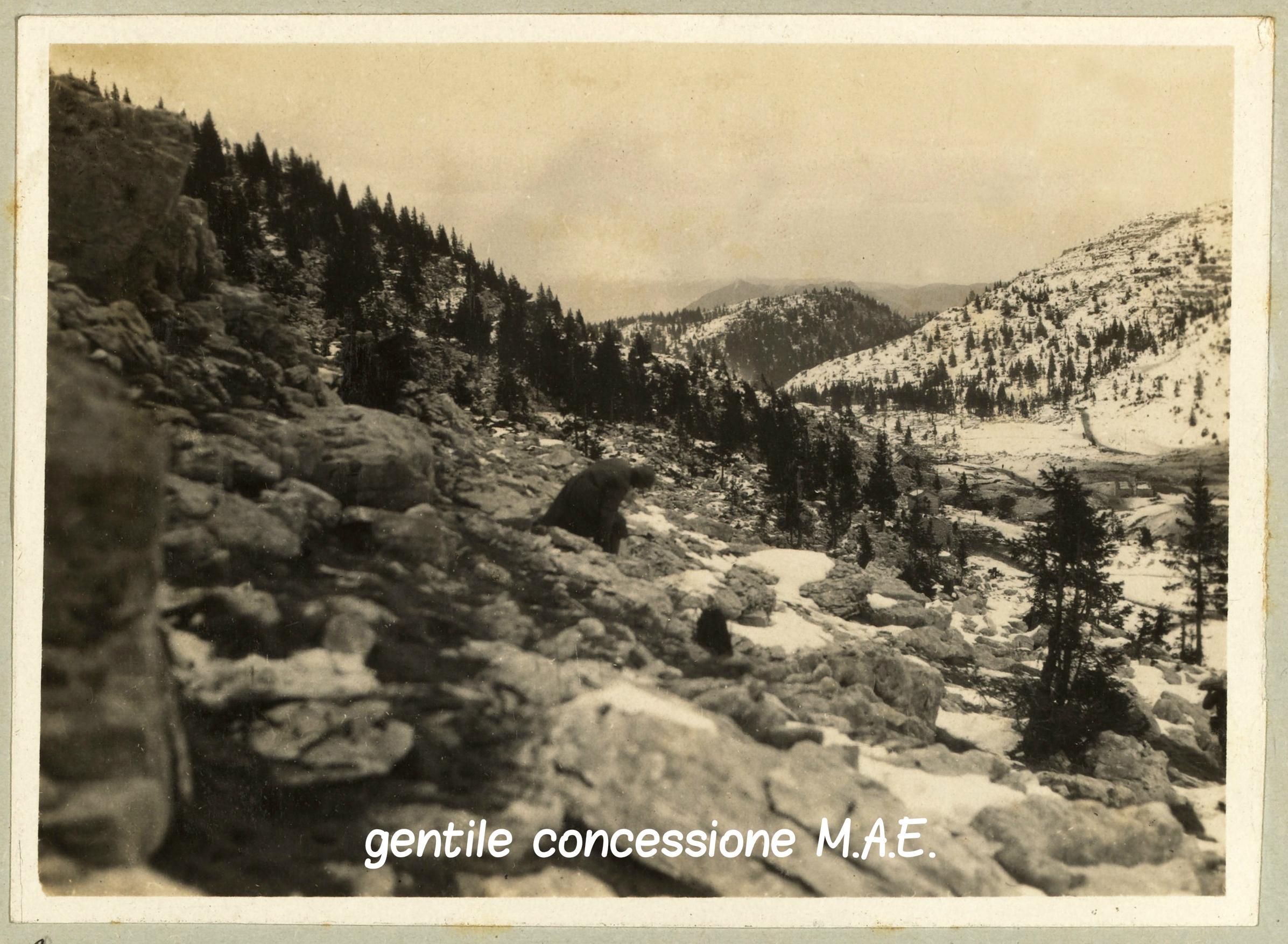 08 - Fante italiano tra le rocce del Fior e del Castelgomberto - Mae (C).jpg