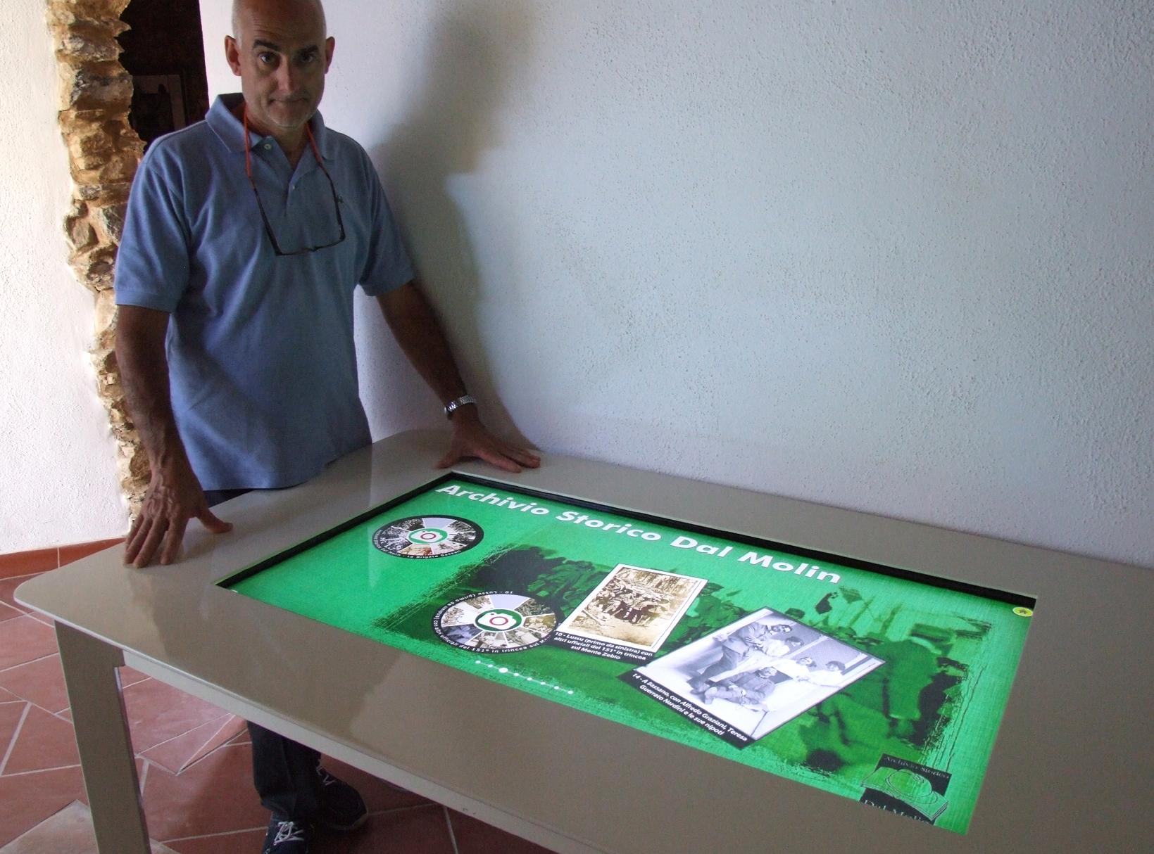 10 - alla documentarzione multimediale del Museo nella sezione dedicata a ASDM.JPG