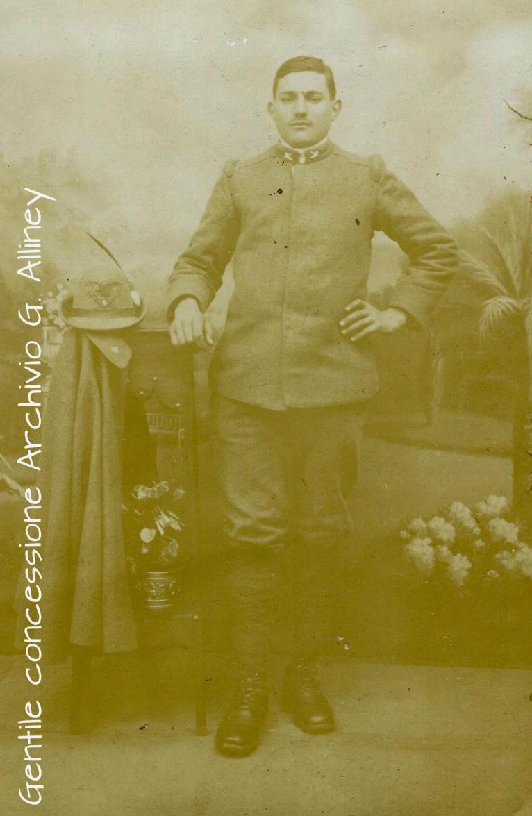 Giovannni Battista Novarino, 3° Reggimento Alpini, nato a Poirino (TO) il 19.11.1891 e caduto sul Pal Piccolo il 20.08.1916. Riposa nel Tempio Ossario di Timau   (gentile concessione Archivio Guido Alliney).
