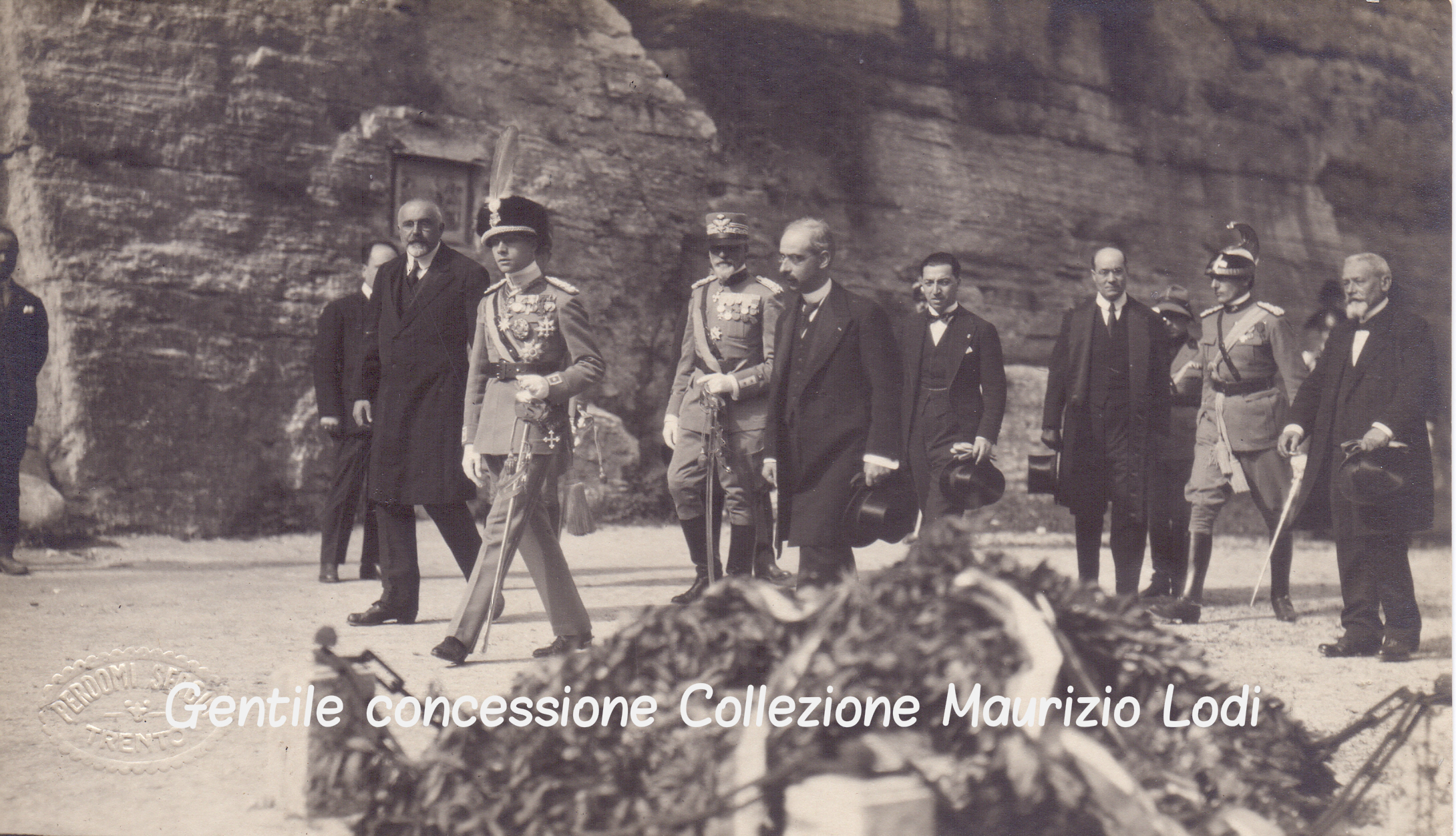 Trento 28 settembre 1923 Pellegrinaggio di S.A.R. Adalberto di Savoia Duca di Bergamo alla Fossa dei Martiri.jpg