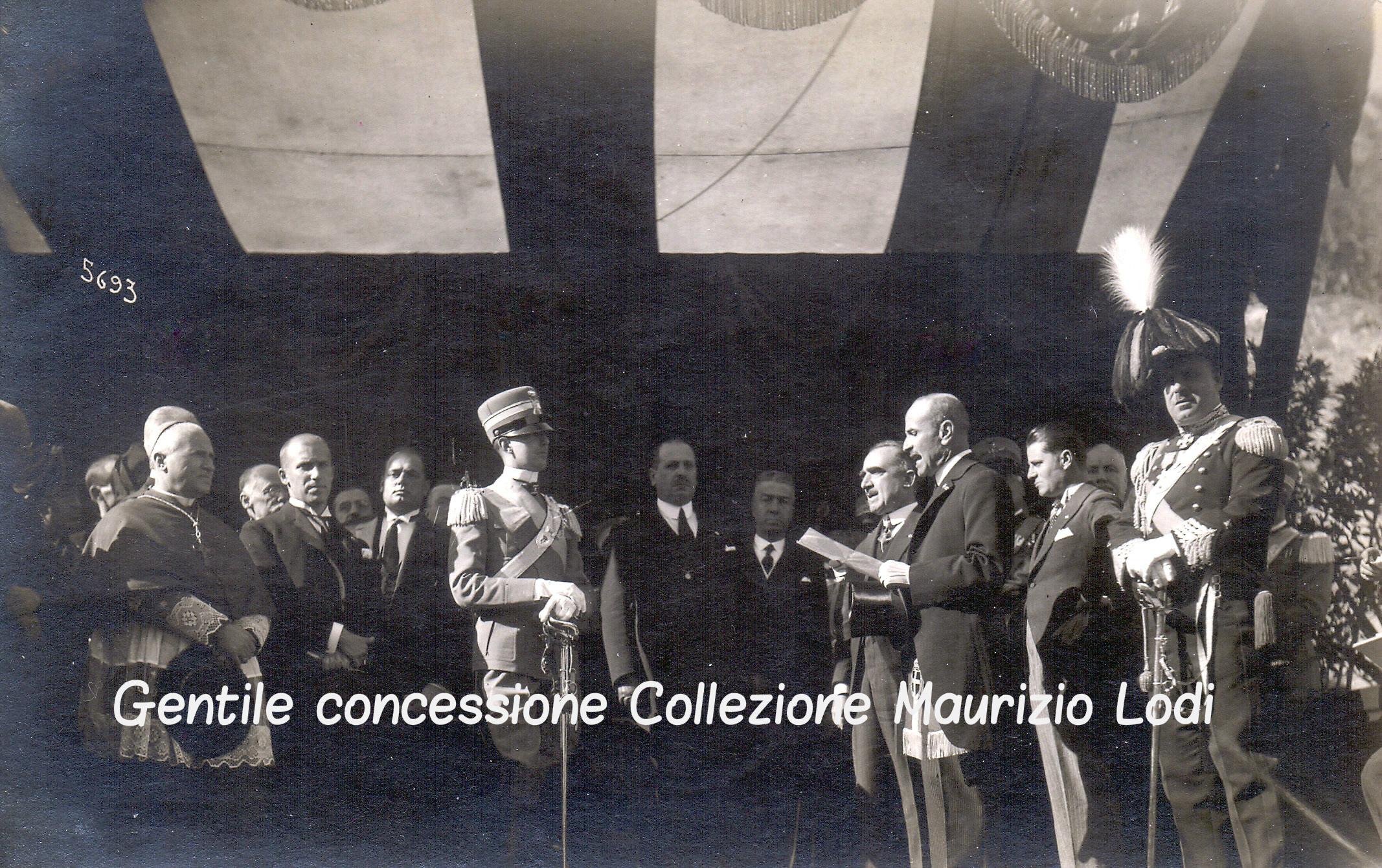 Generale Ugo Businelli Podestà di Carmignano (FI) benvenuto a S (c) 28 10 1927.jpg