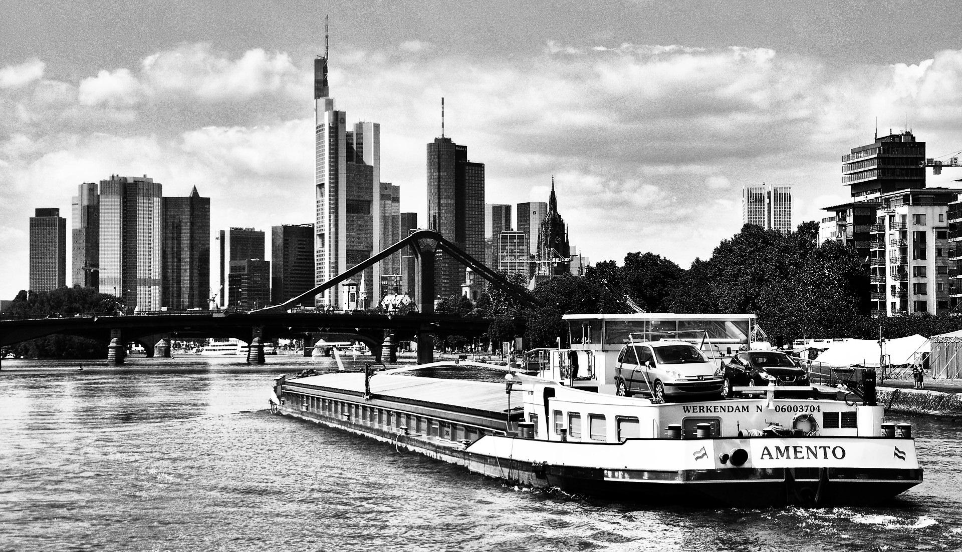 Frankfurt-©Michael-Kleinespel-16.JPG