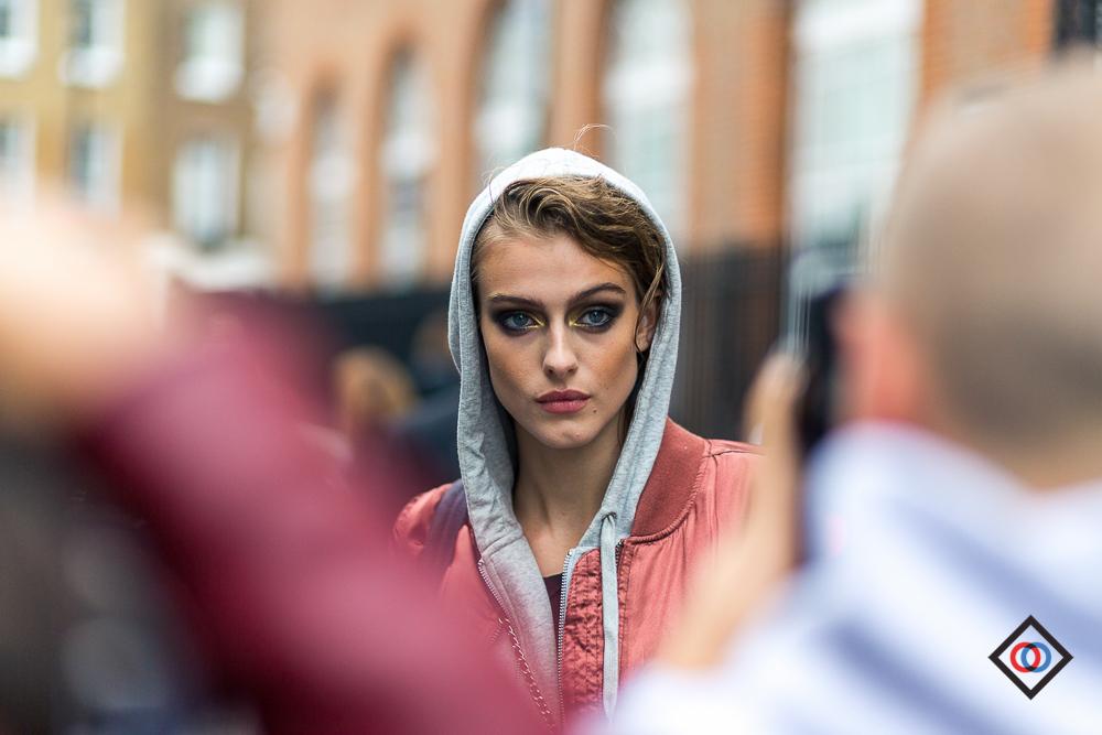 LONDON_LFW_STREETSTYLE_THEOUTSIDERBLOG_DIEGOZUKOLN161000.JPG