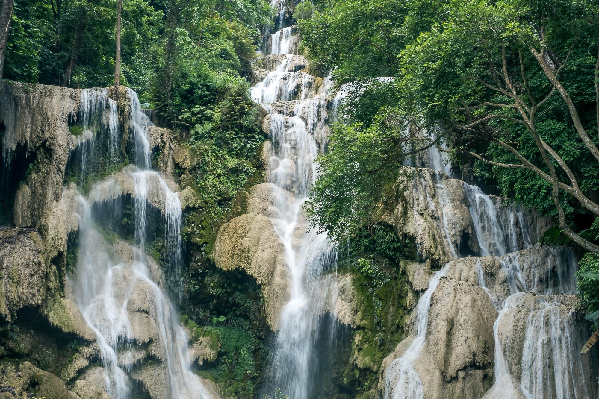 LAOS_Honeymoon_TheOutsiderBlog_DSCF9644.JPG