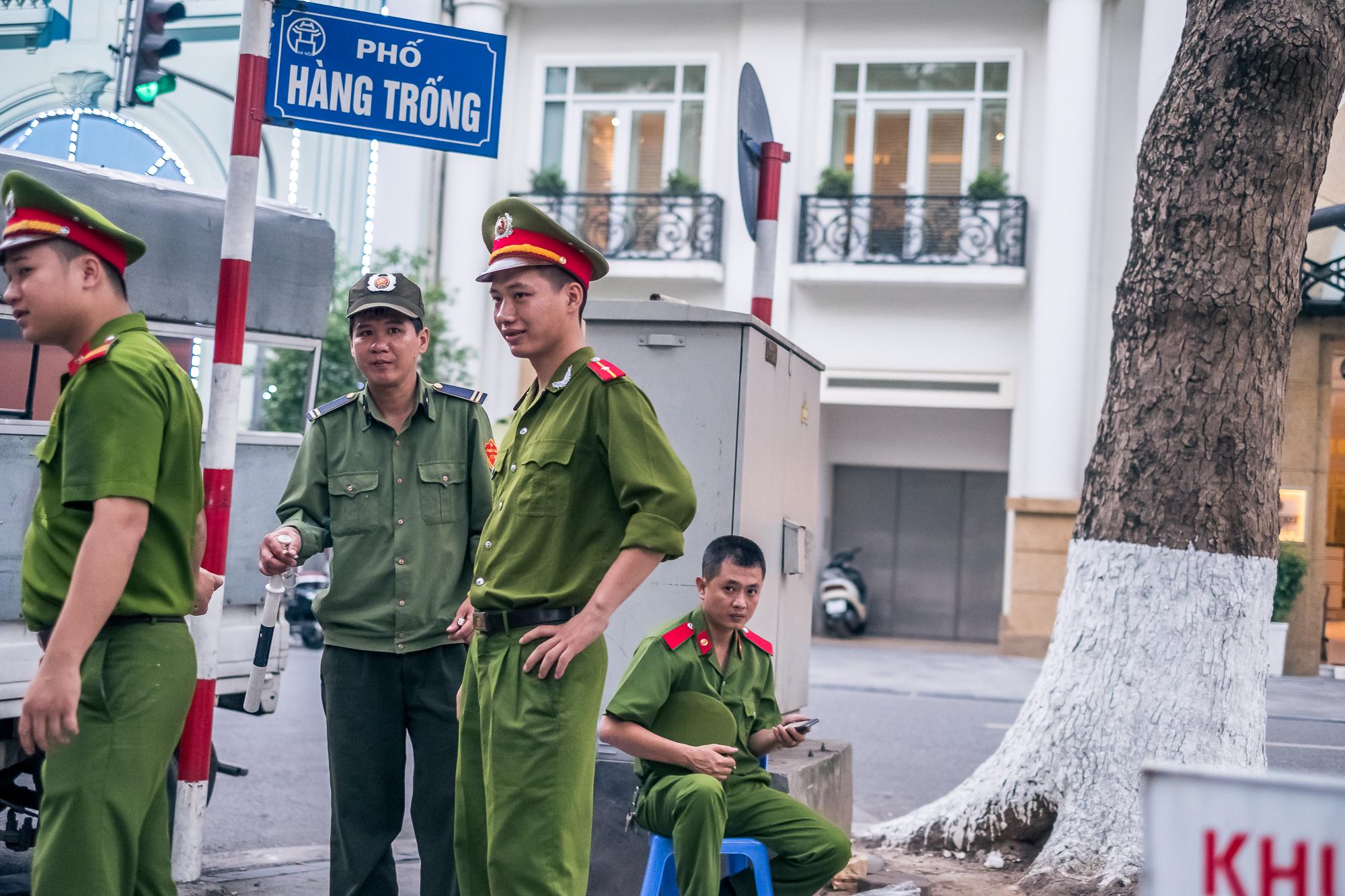 Vietnam_Honeymoon_TheOutsiderBlog_DSCF8137.JPG