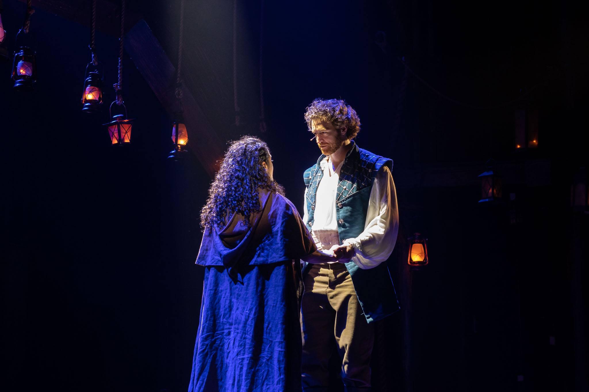 Travis Taylor and Kalyn West as Phoebus and Esmarelda