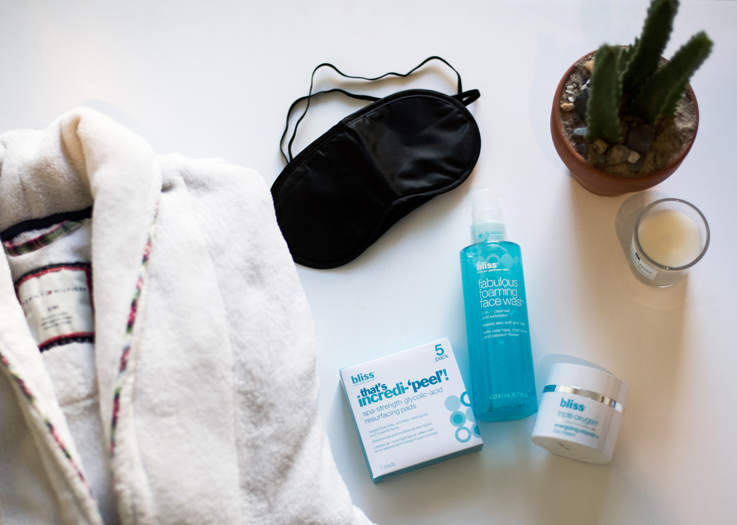 bliss-a-bright-face-facial-at-home-review-raquel-paiva