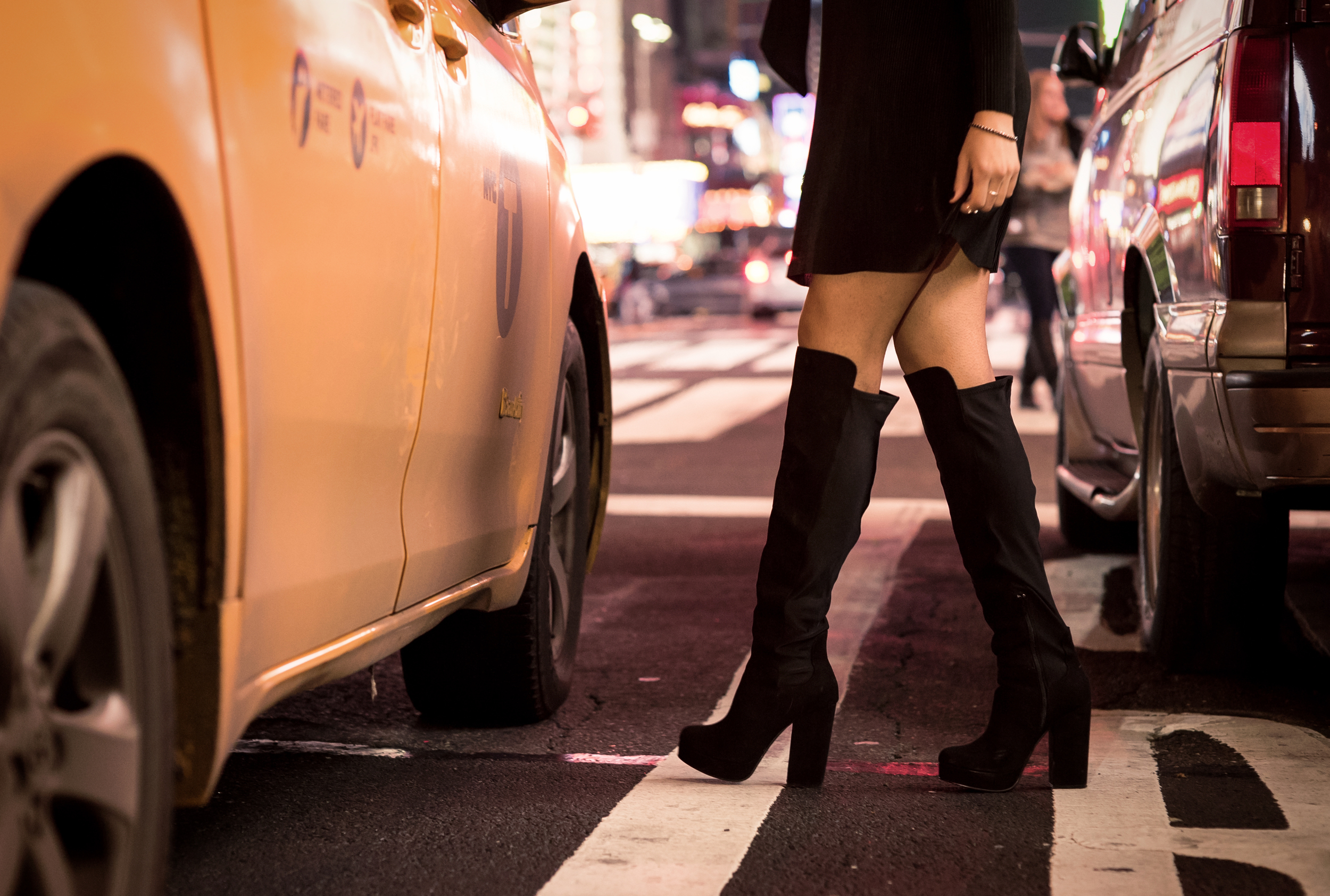 night-out-look-over-the-knee-boots-fashion-blogger-raquel-paiva