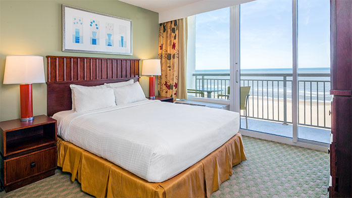 Ocean_Beach_Club_1_bedroom_OF_suite_2015.jpg
