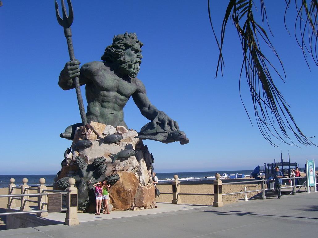 King Neptune Statue Virginia Beach 07.jpg