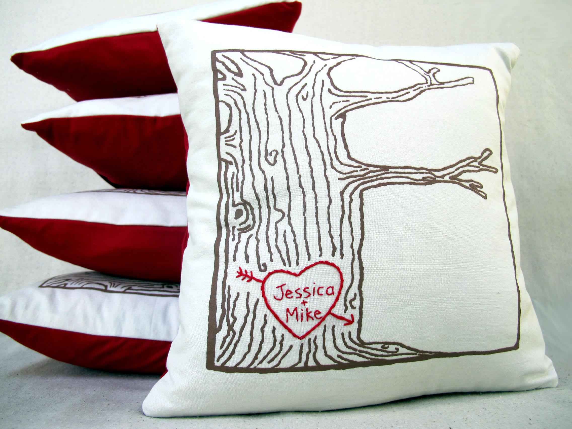 tree print pillow
