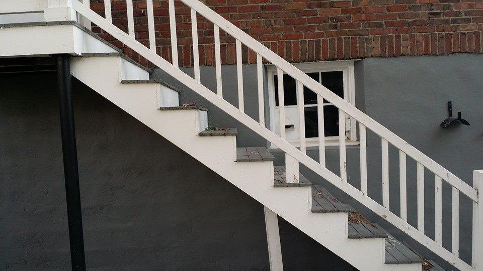 Waltham steps.jpg