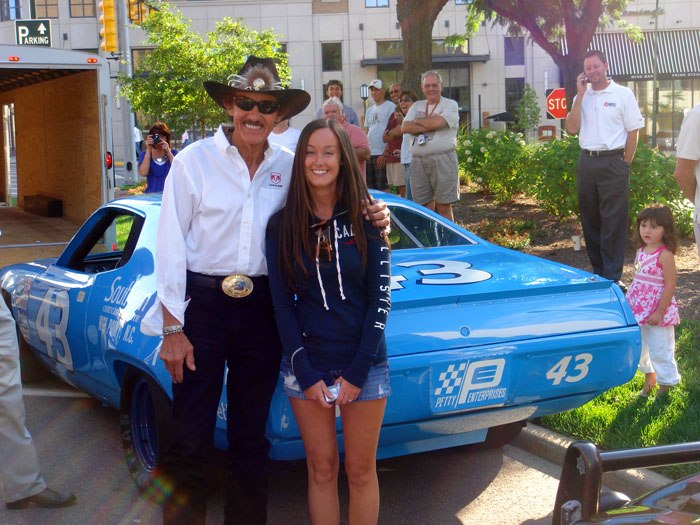 pictures richard petty 17.JPG