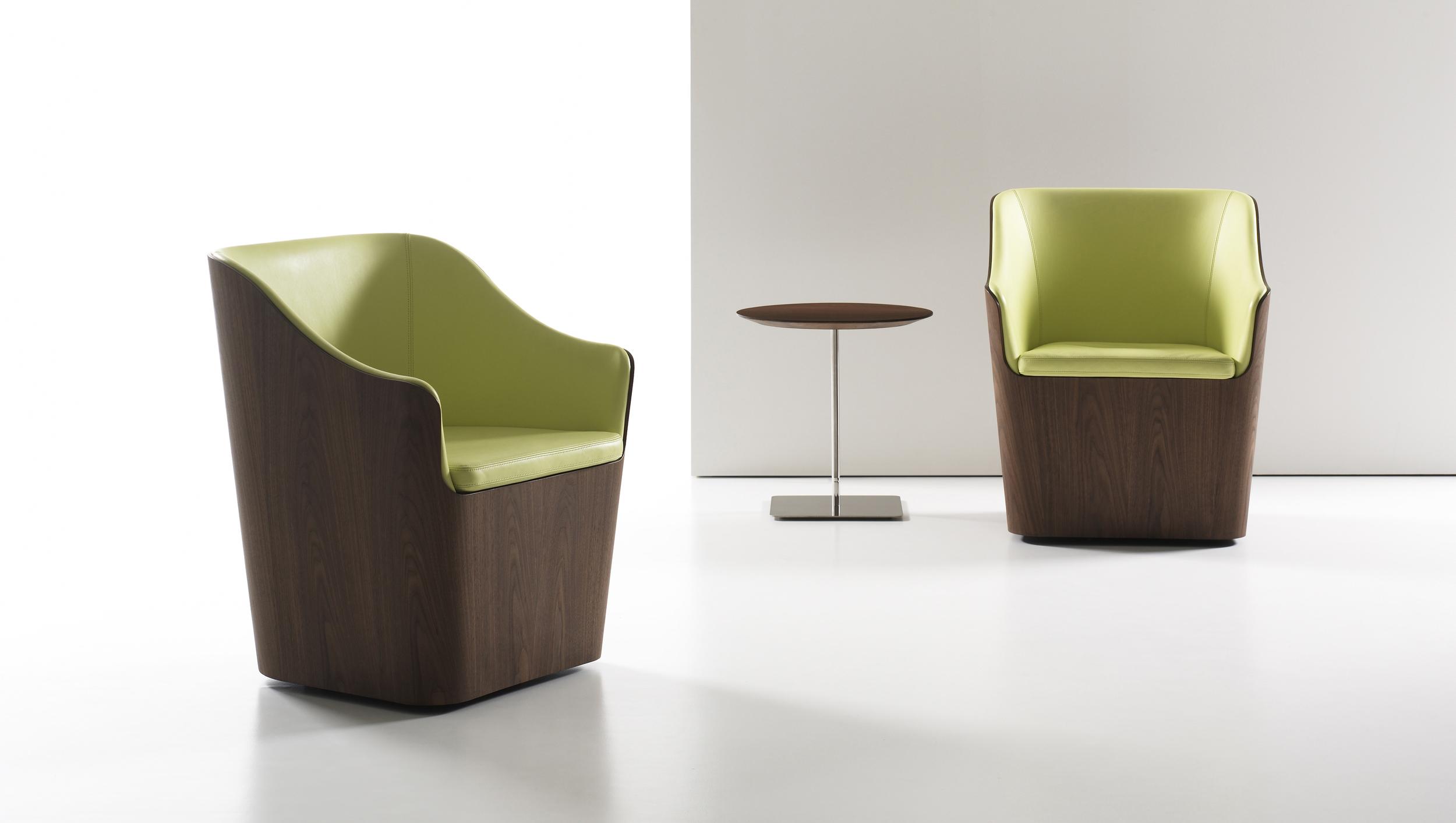 CHLOE    Swivel Chair    SEE MORE