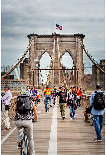 Brooklyn Bridge, uneix els barris de Manhattan i Brooklyn