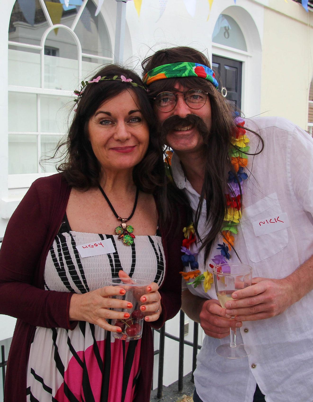 hippy-couple.jpg