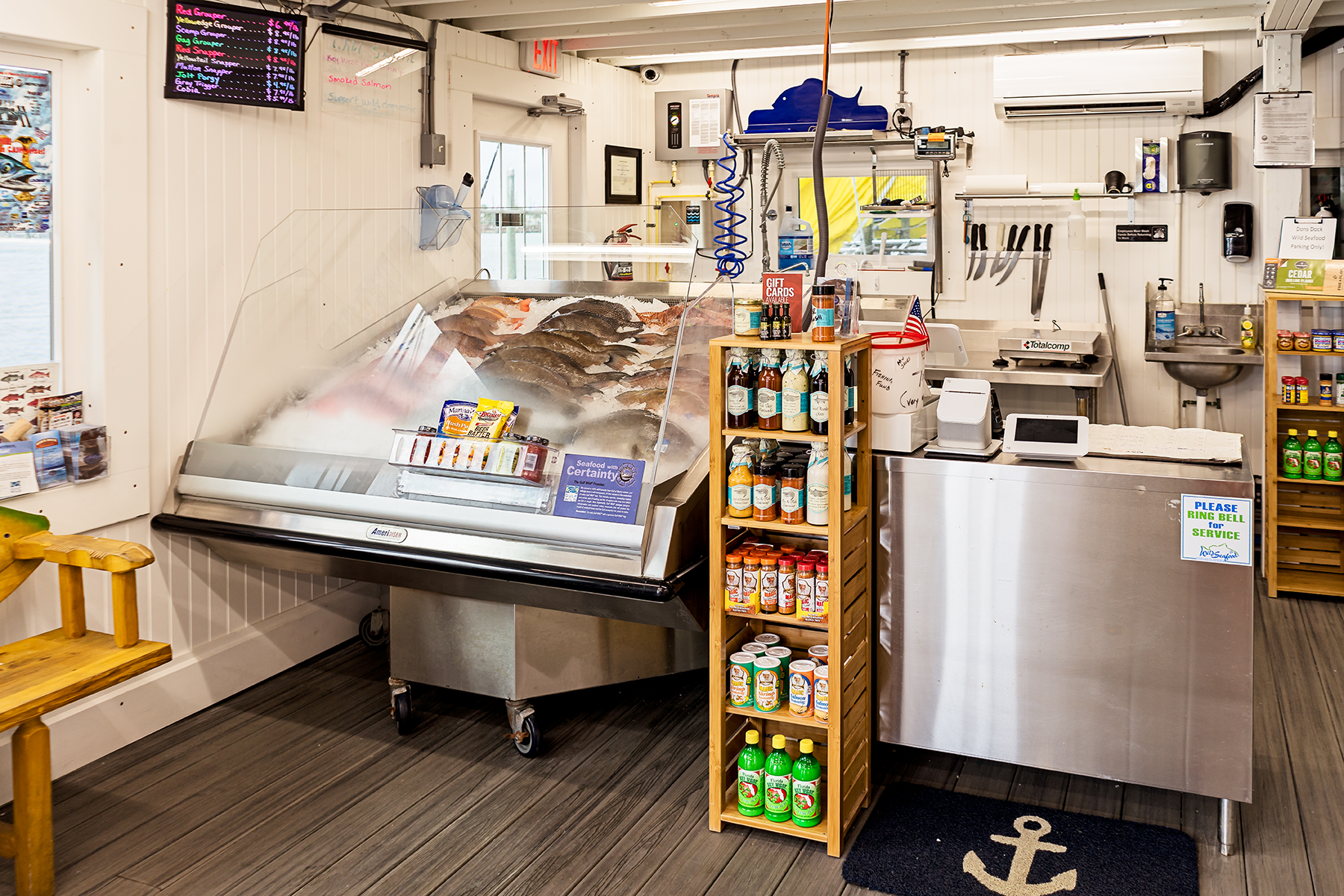 Wild Seafood also offers a selection of fish for the local consumer. These fish include Red Grouper, Scamp Grouper, Red Snapper, Hogfish, Gag Grouper, and Mangrove Snapper. They also offer spices and marinades to go with your seafood purchase.