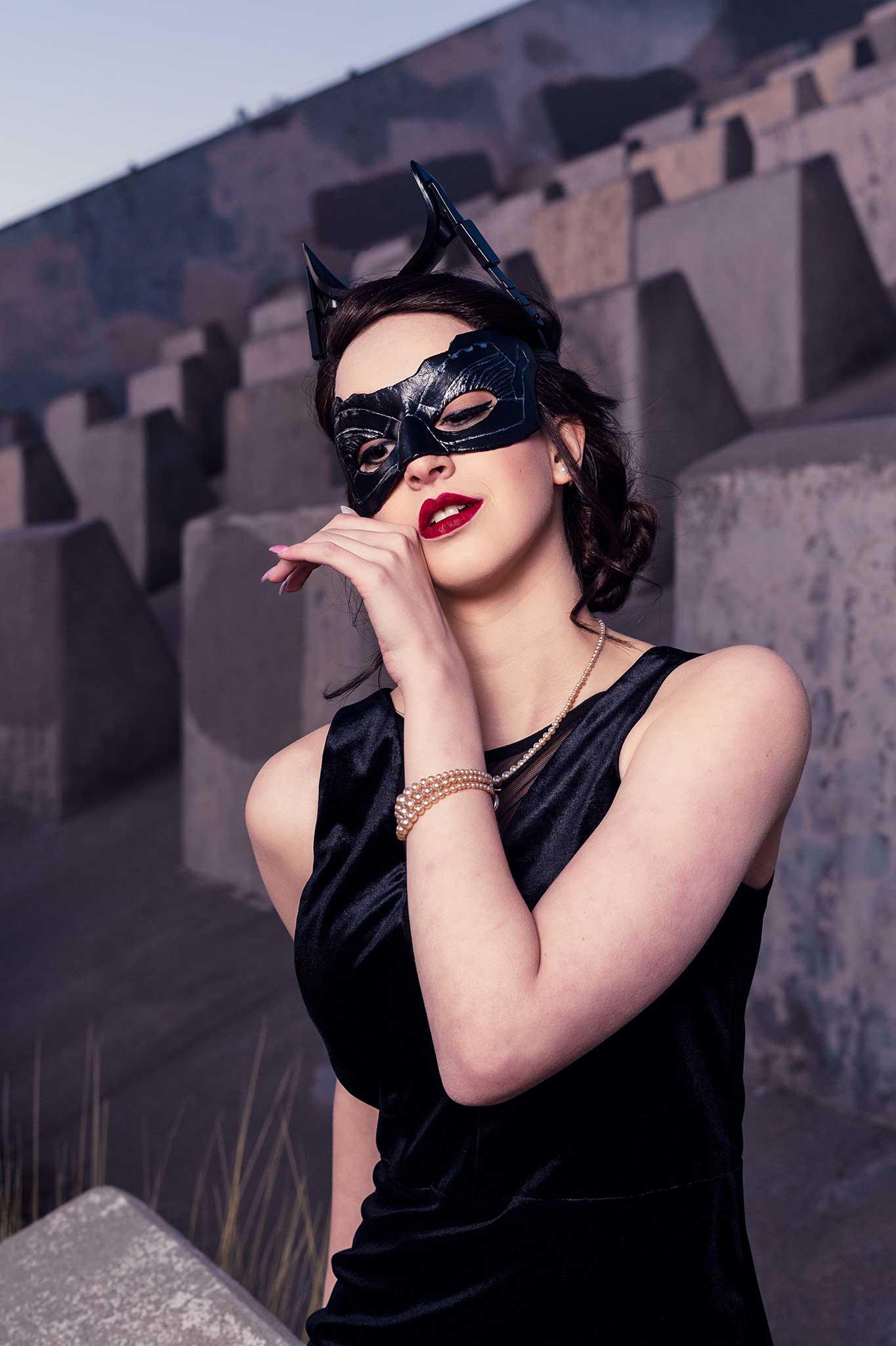 08-BYI_Catwoman_Irene.jpg