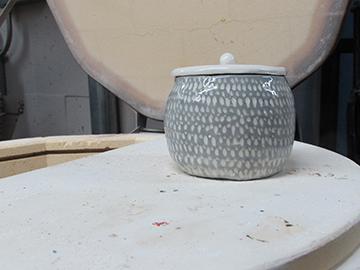 WEB_FY19_Class_Ceramics_02.jpg