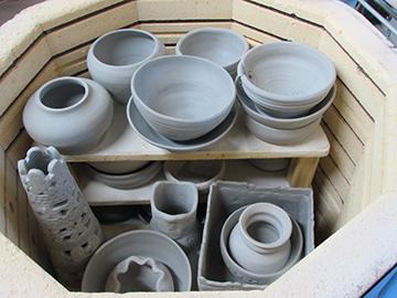 WEB_FY19_Class_Ceramics_03.jpg