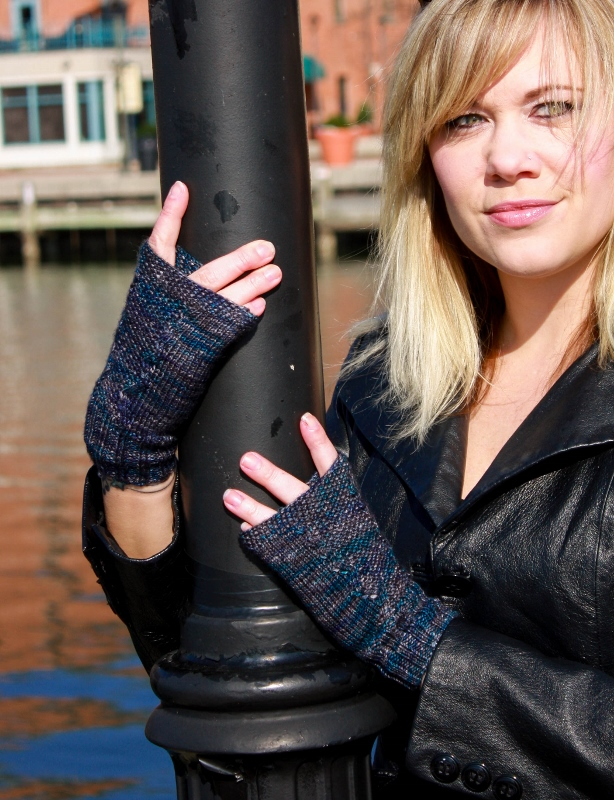 Hollins Ferry fingerless mitts knitting pattern, featured in Charm City Knits, a pattern collection by Kristen Jancuk, MediaPeruana Designs