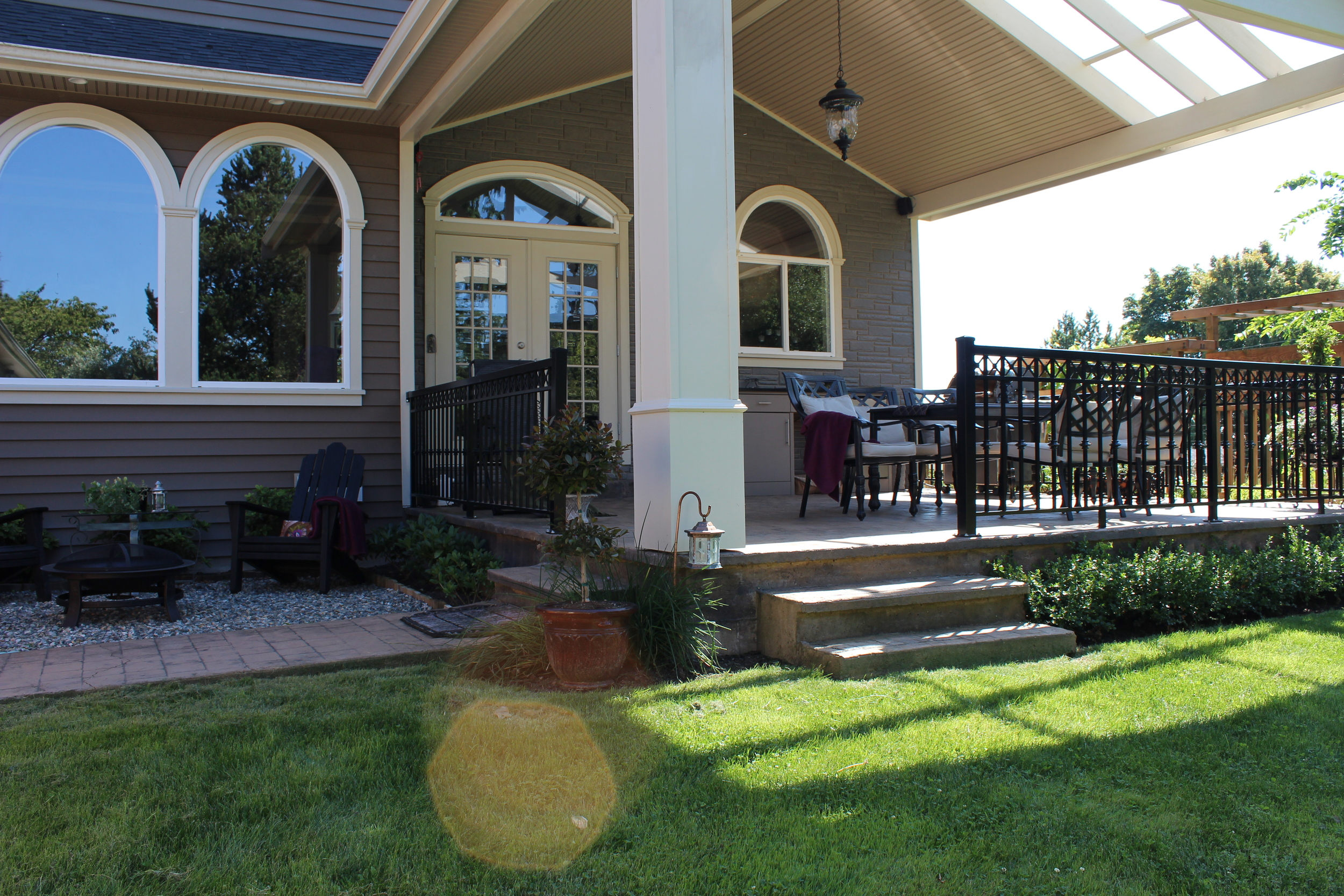 Covered Patio - Cloverdale Siding & Renovations
