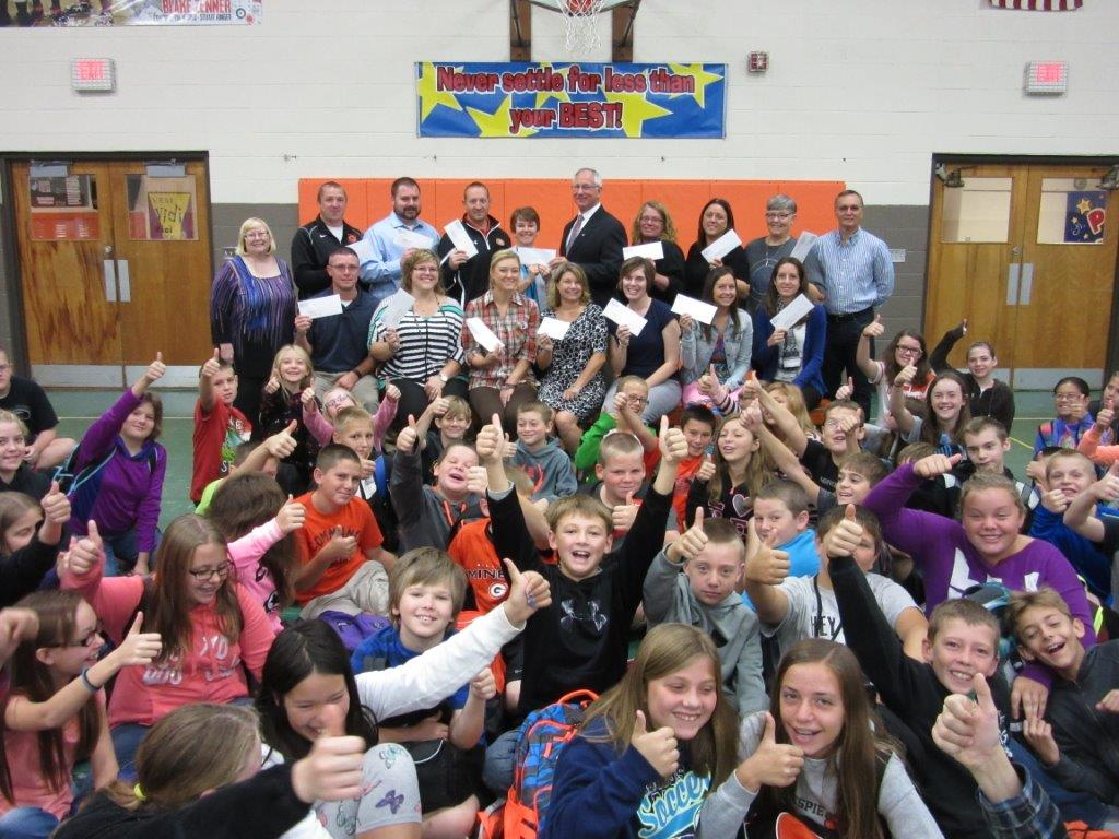 100% OF GILLESPIE MIDDLE SCHOOL APPLICANTS AWARDED MINI-GRANTS