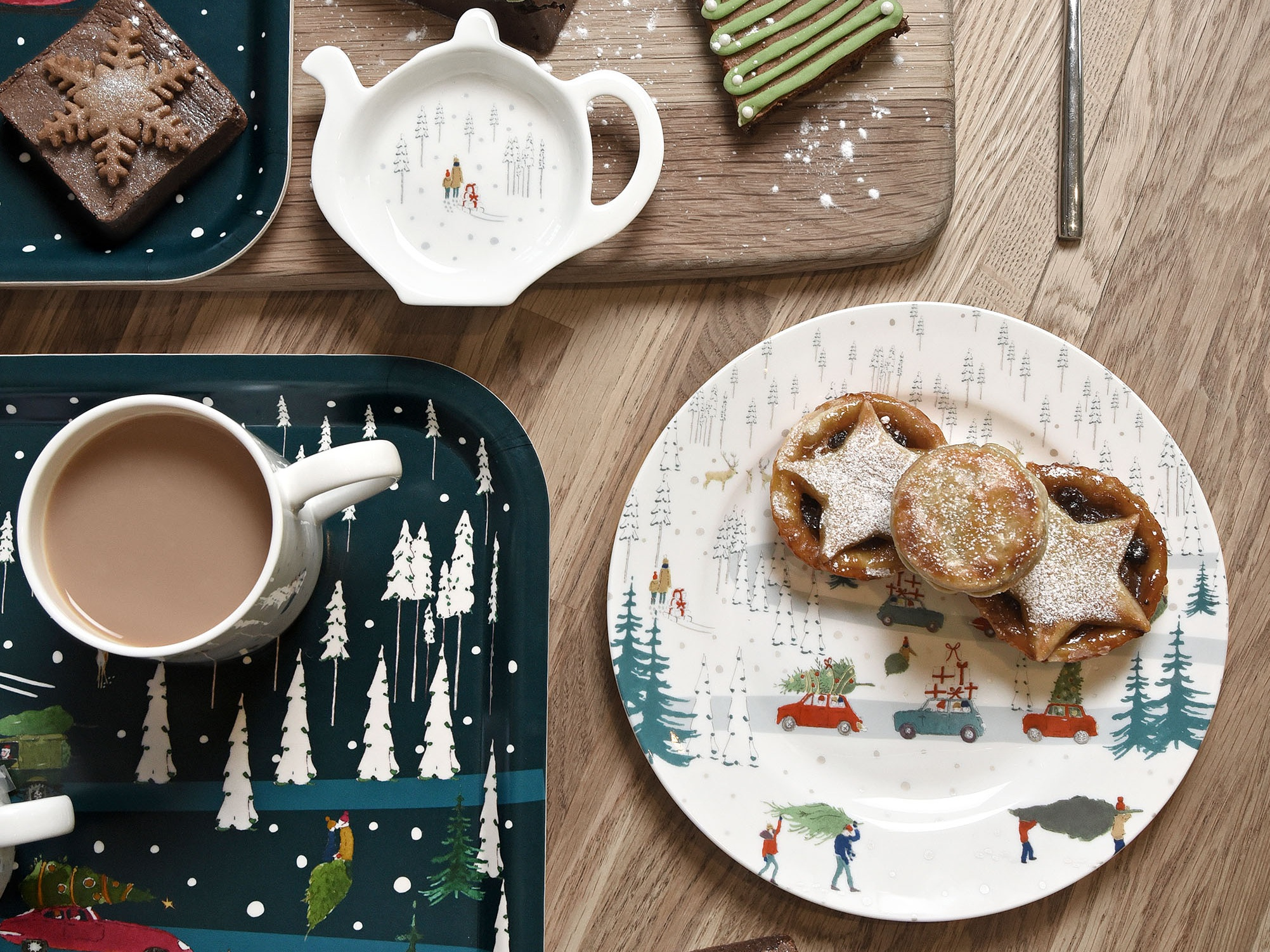 pl60020-tt6001-home-for-christmas-side-plate-and-tea-tidy-lifestyle-high-res.jpg