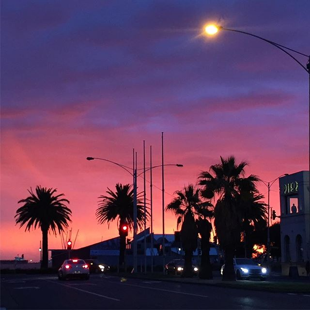 Based in Port Melbourne we get to see inspiring sunsets like this occasionally. Love it! #portmelbourne #baystreet #portphilipbay #melbourne #sunset #inspired #webdesign #insidermedia