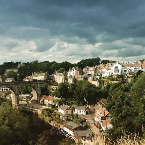 Image by  Kelly Chang , view of River Nidd from Knaresborough Castle