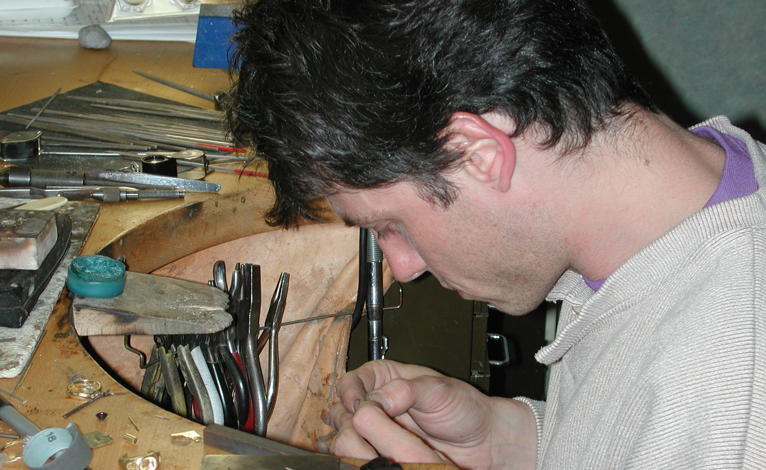 Anthony Griffin, bespoke jeweller, at the bench