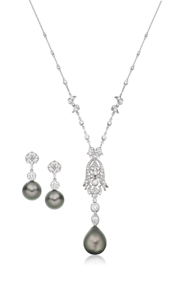 Tahitian pearl and diamond suite