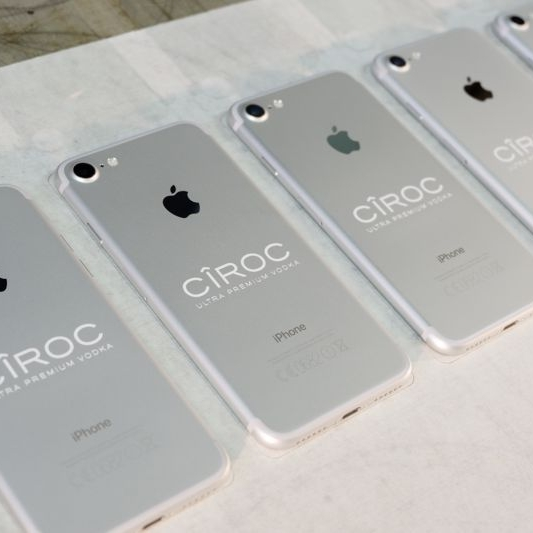 Laser engraving iPhone