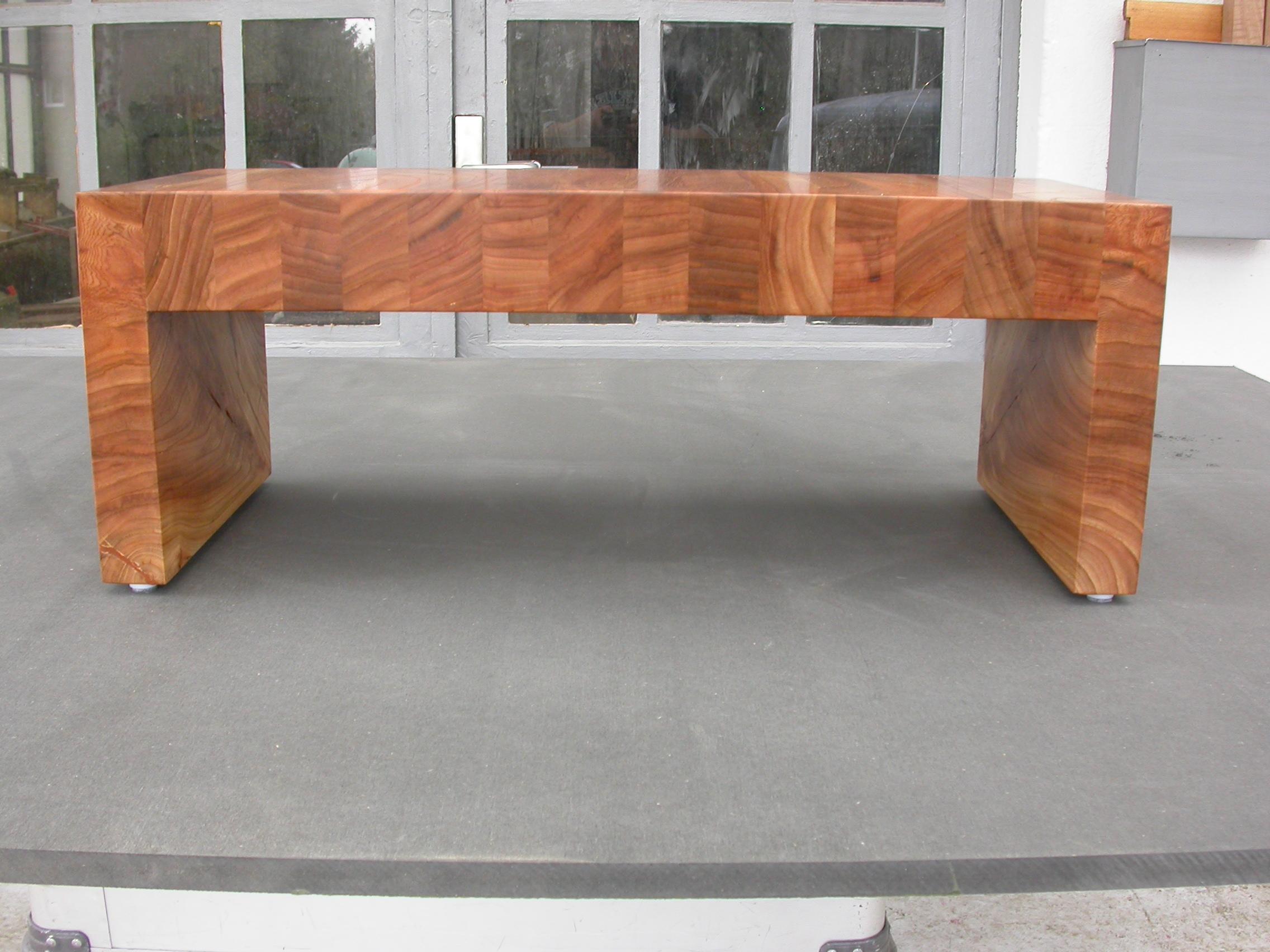 Ulimi Sitzbank, aus Rüster